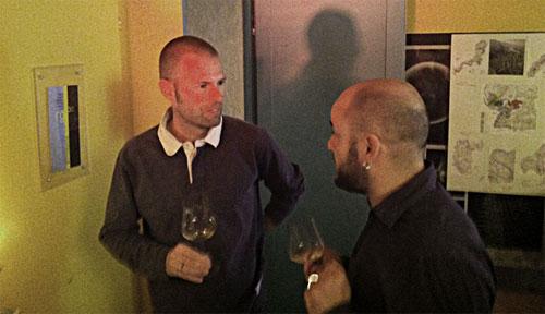 Der Schaffhauser Spitzenwinzer Markus Ruch (links) gab sich die Ehre und önosophierte mit Tokter Tanner über die unterschiedlichen Rieslinge und Pinot Noirs, deren Charakter, Terroir und so weiter ...
